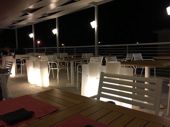 Maserà di Padova, Italien: La terrazza a notte inoltrata