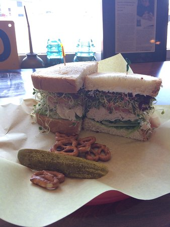 Spokane Valley, Waszyngton: Gourmet Turkey sandwich. Yum!