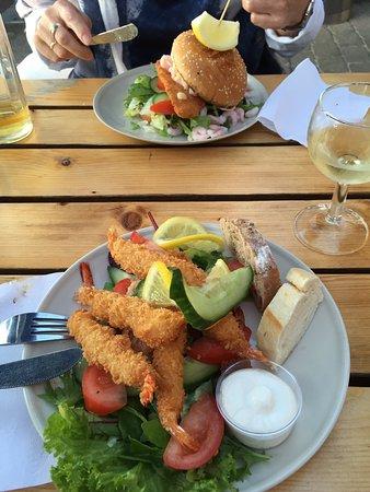 Juelsminde, Denmark: Shrimp and fish burger