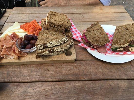 Cafe Thijssen: photo2.jpg