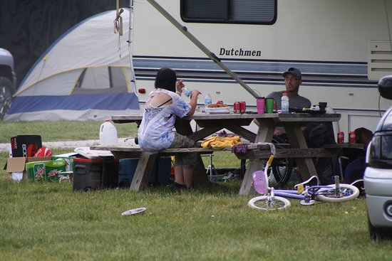 Attica, IN: Lunch Time at the Campground
