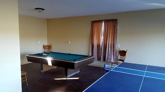 Attica, IN: Game Room at the Ranch