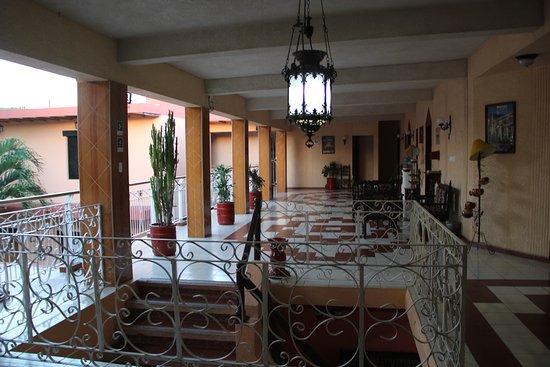 Hotel Plaza: Segundo Piso
