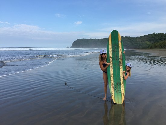 Playa San Miguel, Costa Rica: Surfs Up!