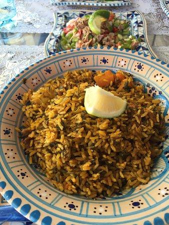 Le Moulin : Un riz djerbien goûteux ! Et copieux avec une viande tendre et non grasse ...