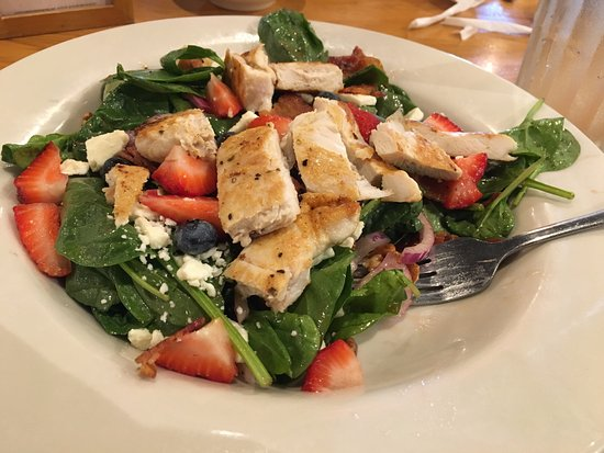 Cracker Barrel: Strawberry/blueberry Chicken Salad with Bacon Bits