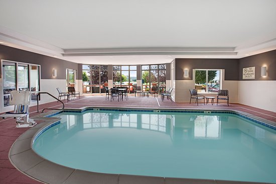 Hilton Garden Inn Merrillville: Pool