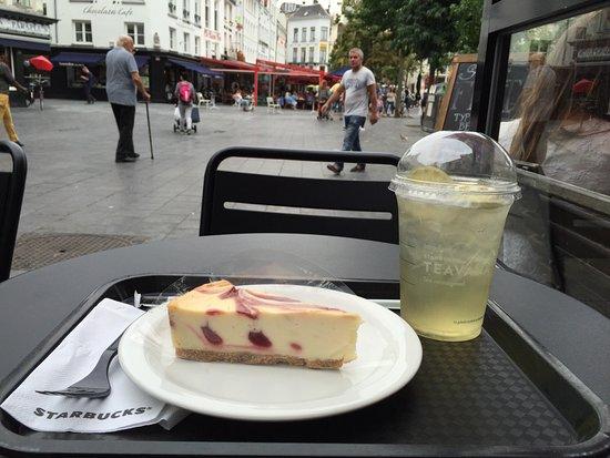 Starbucks: photo0.jpg