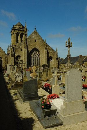 St. Ronan, Locronan