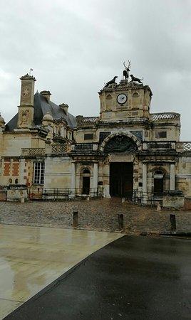 Anet, France: Snapchat-3218292929709960631_large.jpg