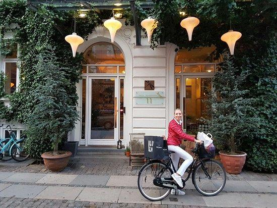 Bertrams Guldsmeden - Copenhagen: 20160815_213213_large.jpg