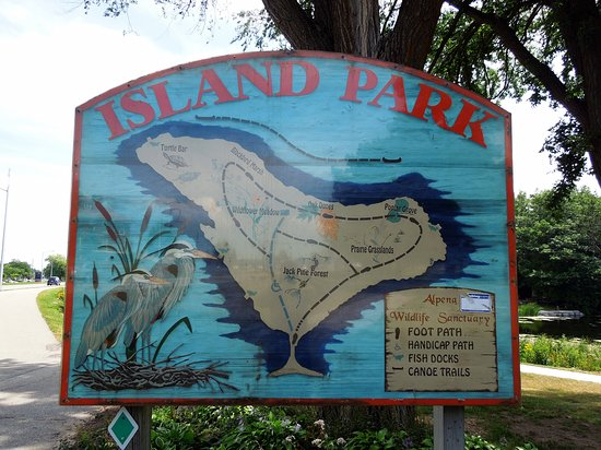 Island Park & Wildlife Sanctuary: Island Park Sign