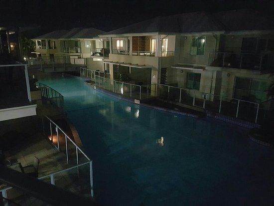 Oaks Pacific Blue Resort Salamander Bay: Resized_20160819_205600_large.jpg