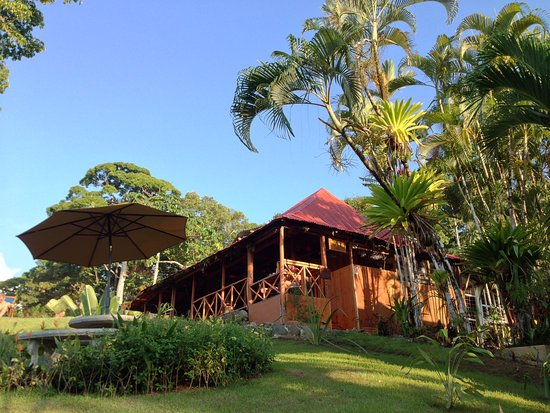 Hotel Las Caletas Lodge: Main building/Restaurant