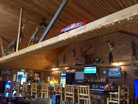 Buckhannon, เวสต์เวอร์จิเนีย: Hillbilly Grill