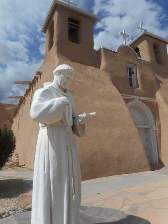 Gambar Ranchos De Taos