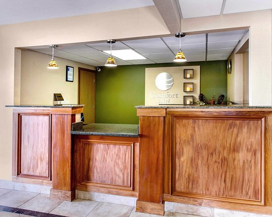 Batesville, IN: Front desk