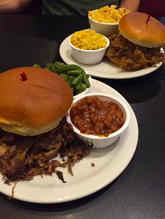 Marshalltown, IA: Pork & brisket sandwiches with corn, mac & cheese, green beans, and baked beans.
