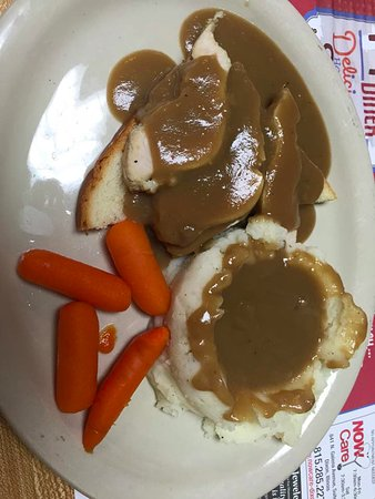 Dixon, IL: Hot turkey with gravy and mash