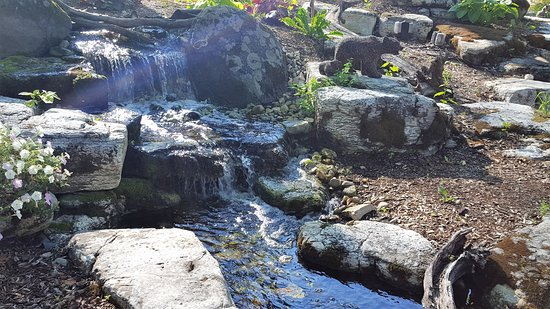 Egg Harbor, WI: waterfall - very relaxing