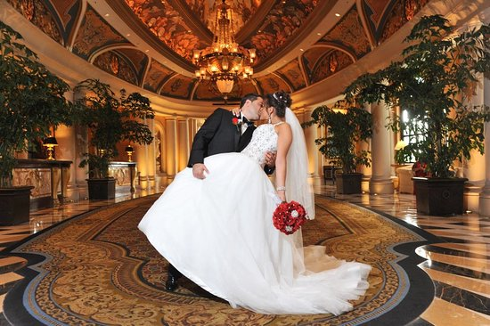 The Venetian Las Vegas Wedding Photos In