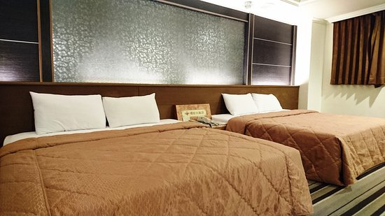 Ying Zhen Hotel Taoyuan: 2016優雅雙床房/四人房