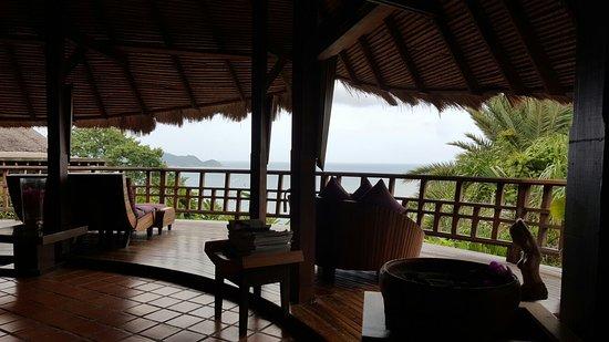 Thipwimarn Resort: IMG_20160820_080640_large.jpg
