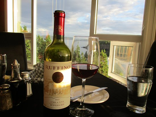 Eastport, Kanada: Wine with a view