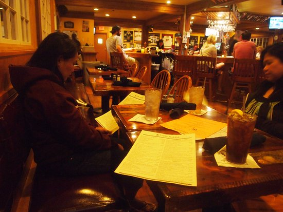 South Burlington, VT: Upper pub late night meal