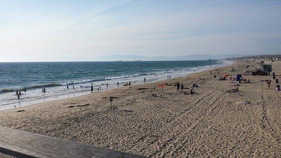 Hermosa Beach, CA: 20160819_174604_large.jpg