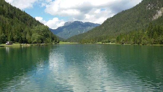 St. Ulrich am Pillersee, Austria: Ausblick von der Gastronomie auf den See