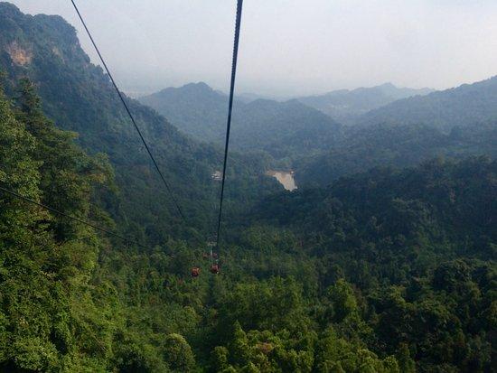 Mount Qingcheng: Qingcheng Shan (mountain) - temples and greenery