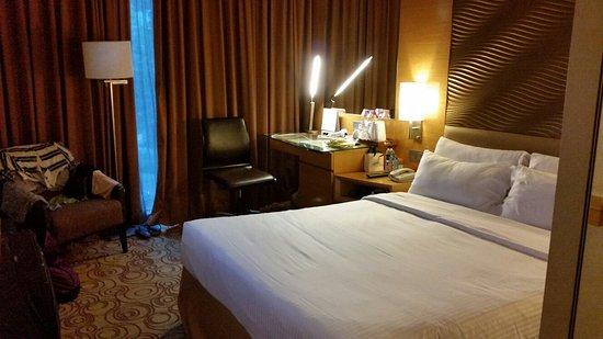 Park Hotel Clarke Quay: 20160817_184352_large.jpg