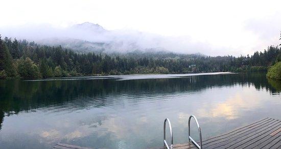 Nita Lake Lodge : View of Lake from Dock