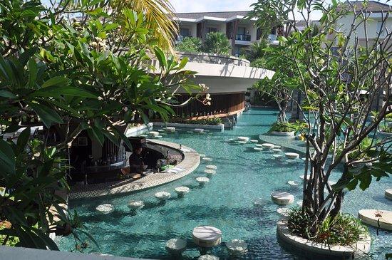 Sofitel Bali Nusa Dua Beach Resort Pool Bar