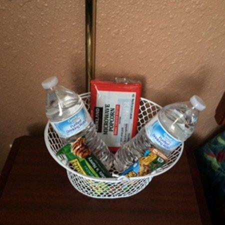 Maverick Motel: welcome basket