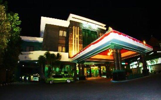 Photo of Zamrud Hotel Cirebon