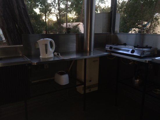 Undara Volcanic National Park, Αυστραλία: Camp kitchen 2
