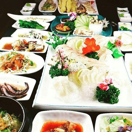 Tongyeong, Νότια Κορέα: 통구미 횟집