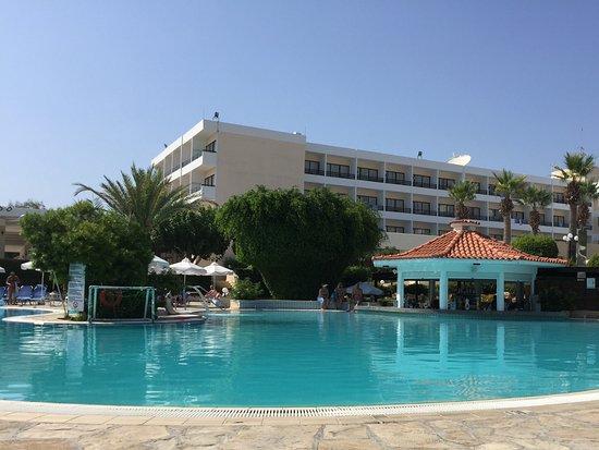 Avanti Hotel: Hotel pool