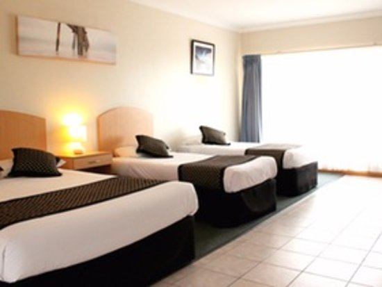 Port Noarlunga, Avustralya: The Deluxe Family Ocean View & Panoramic suites are large & light filled