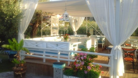 Bali Star Hotel: Entre plage et mambo bar