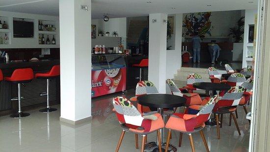 Bali Star Hotel: bar de l'hotel