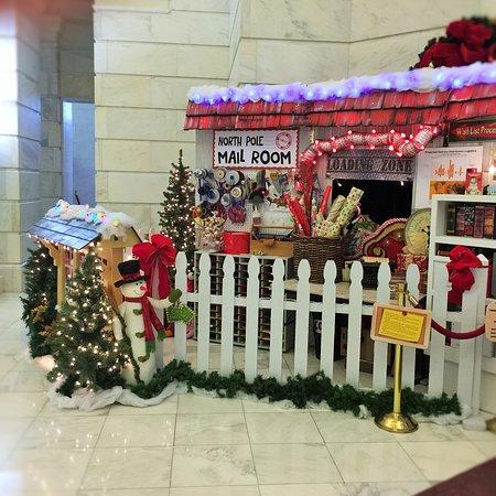 Arkansas State Capitol: Santa's Mail Room............