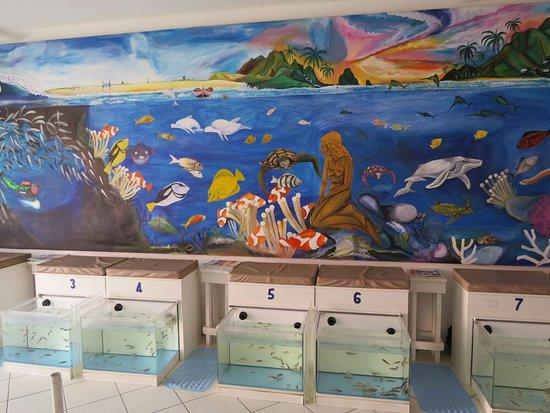Hug Bucket Fish Spa: IMG_0384_large.jpg