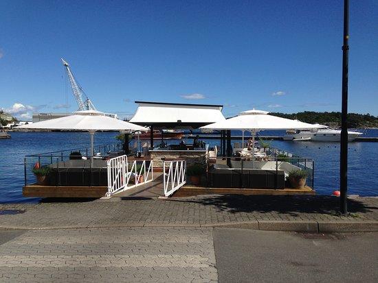 Kast Loss: Floating terrace