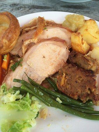 Littlehampton, UK: Roast pork Sunday lunch
