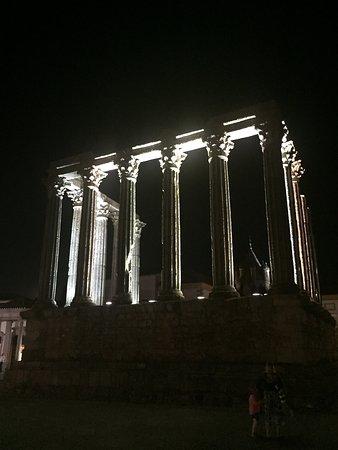 Templo Romano de Evora (Templo de Diana): photo0.jpg