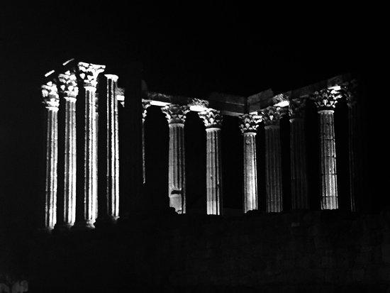 Templo Romano de Evora (Templo de Diana): photo1.jpg