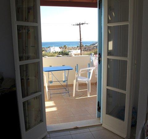 Agios Prokopios, Grecia: Big balcony with great views out to sea